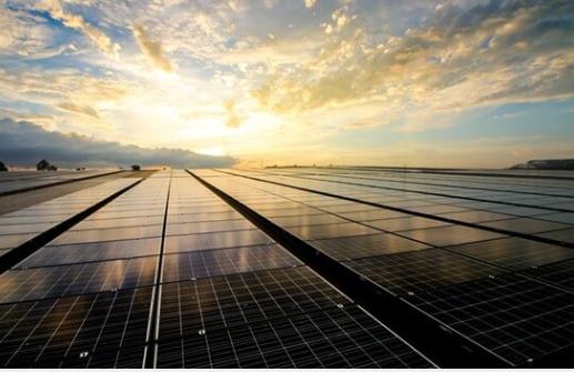 What is renewable energy ? Tiềm năng phát triển năng lượng tái tạo.